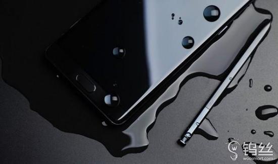 三星深陷爆炸门的背后 你手机里的电池安全吗?_pic1