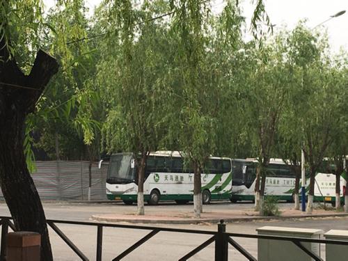 北京电动大巴着火 近亿元损失由谁买单?.png